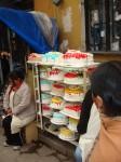 Tortenverkauf am Straßenrand